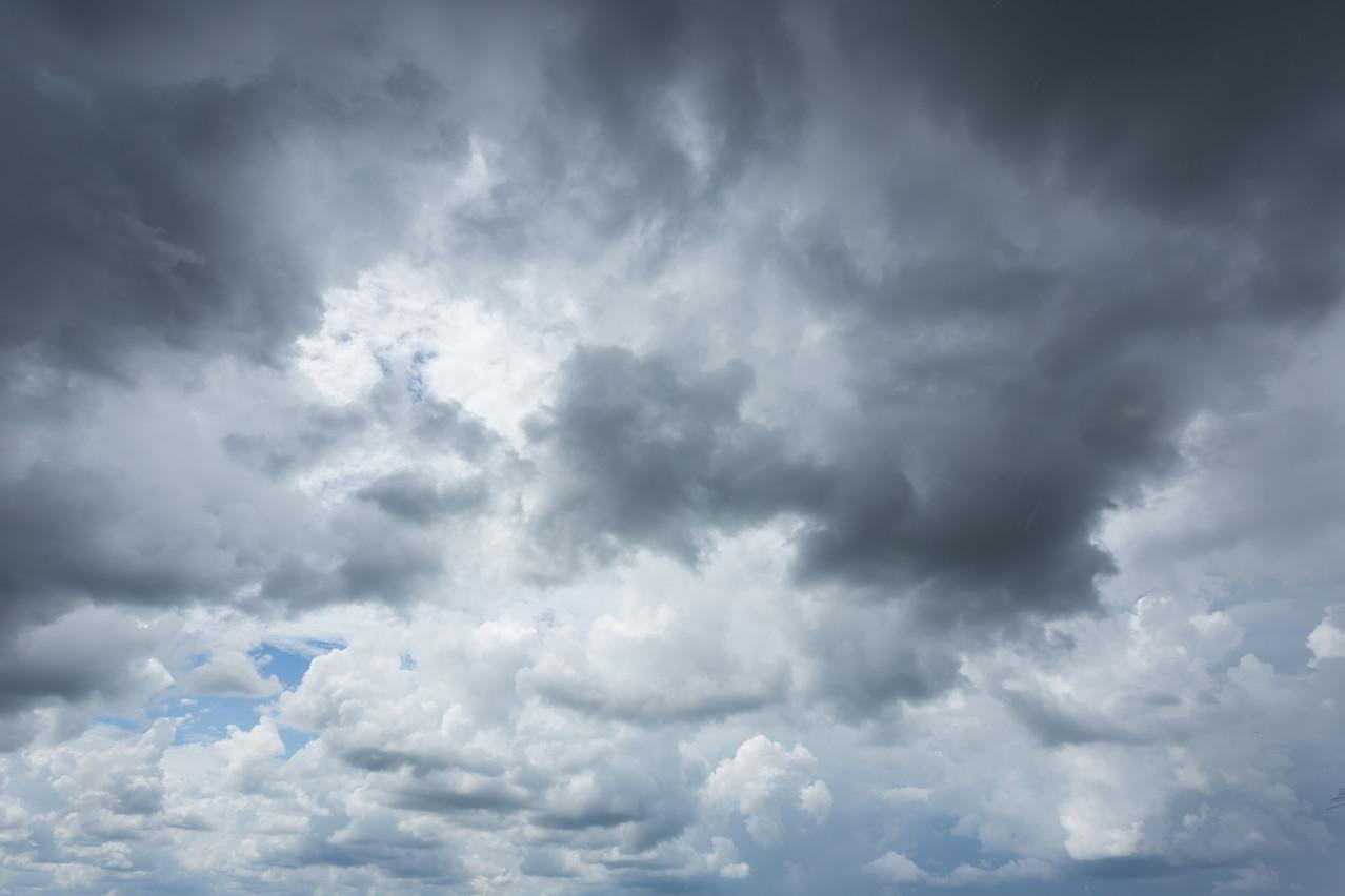 Les nuages s'amoncèlent à l'horizon pour les entreprises qui doivent retrouver des marges de manœuvre avec l'appui des autorités. (Photo: Shutterstock)