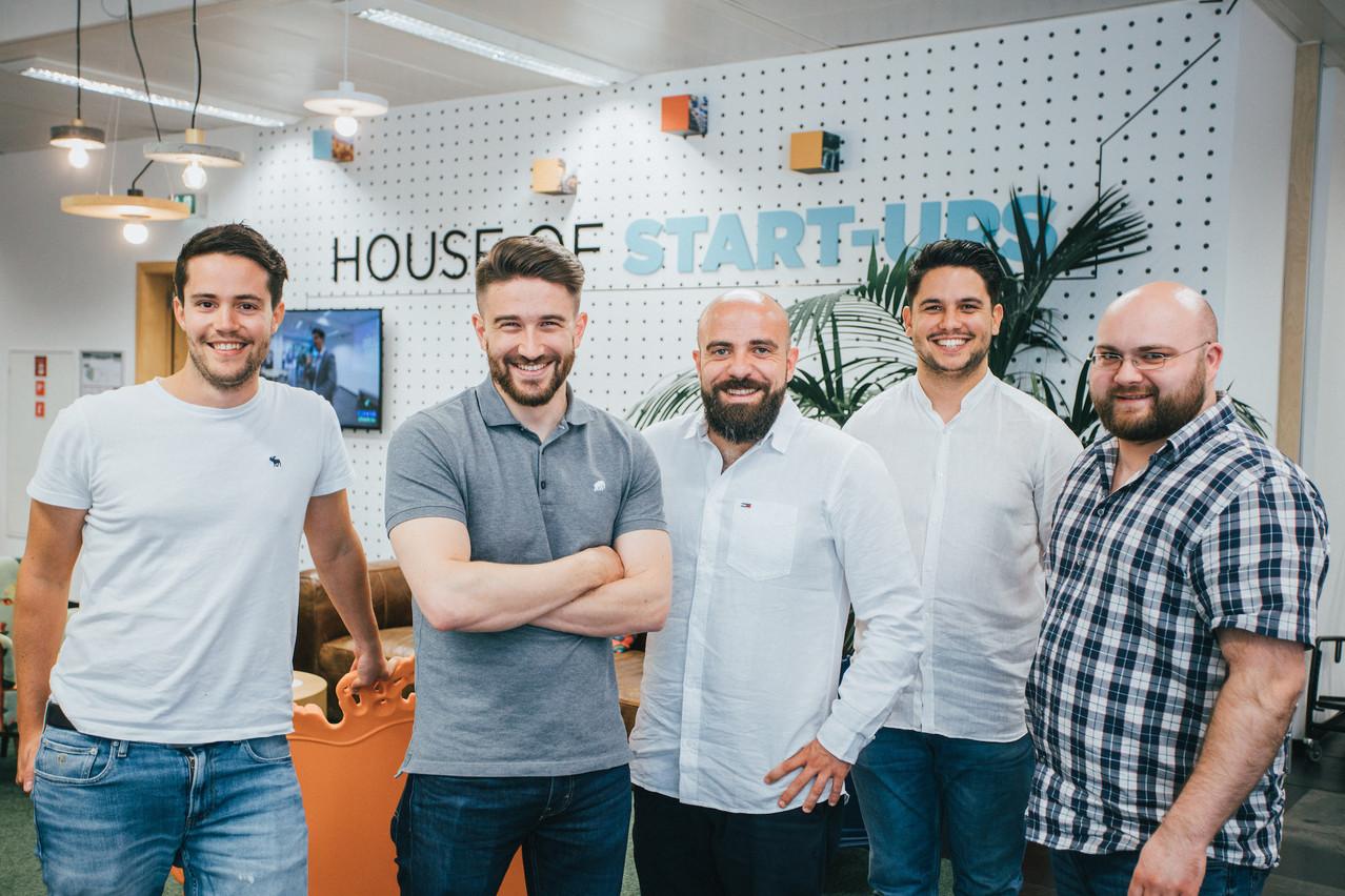 Tom Michels (en tee-shirt gris) et ses quatre cofondateurs passent la vitesse supérieure et visent une expansion en Europe après les premiers succès en Belgique et en Suisse. (Photo: Salonkee)