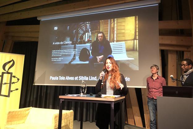 Sibila Lind de Contacto revient sur l'histoire de Claude, au centre de l'article récompensé. (Photo: Amnesty International)