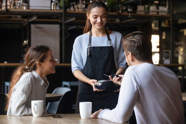 Un peu plus d'un mois après son déploiement au Luxembourg, Satispay a déjà séduit 70commerçants ainsi que le groupe Auchan avec sa solution de e-paiement mobile sans carte de crédit. (Photo: Shutterstock)