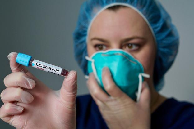 Quel pourcentage de la population présentera assez d'anticorps face au coronavirus, une question-clé pour commencer à relancer l'économie. (Photo: Shutterstock)