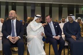 Étienne Schneider, S.A.R. le Grand-Duc héritier et Majid Saif Al Ghurair, président de la Chambre de commerce et d'industrie de Dubaï. ((Photo: SIP / Jean-Christophe Verhaegen))