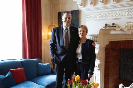 Monsieur l'Ambassadeur et Madame l'Ambassadrice Crédit: Gaël Lesure