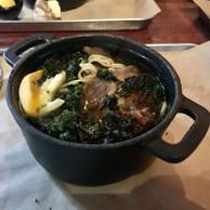 Parmi les nouveaux plats du Scott's, une soupe délicieuse avec un bouillon complexe et parfumé (Maison Moderne)