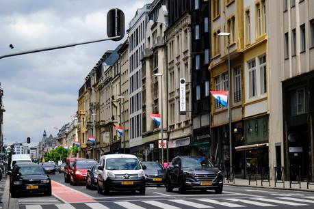 Les Luxembourgeois achètent toujours plus de voitures. Une statistique partiellement liée à l'augmentation de la population et au poids du leasing. (Photo: Shutterstock)
