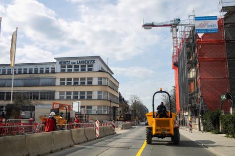 Les chantiers étaient encore opérationnels ce lundi. (Photo: Matic Zorman)