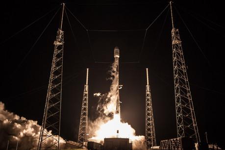 SpaceX, partenaire avec qui SES a participé à deux premières mondiales, lancera trois des quatre satellites nécessaires à libérer sans dommage le spectre attendu par le régulateur américain pour la 5G. (Photo: Space X)