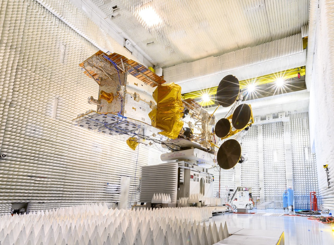 The room where the antennas are tested. (Photo: Thales Alenia Space)