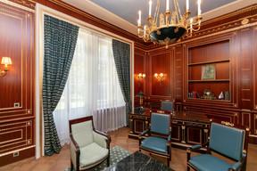 La «salle du président» accueille désormais de petites réunions de clients. ((Photo: Romain Gamba/Maison Moderne))
