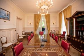 Cette grande salle du rez-de-chaussée est maintenant utilisée pour les réunions du conseil d'administration. ((Photo: Romain Gamba/Maison Moderne))
