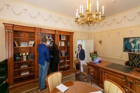 Une vue de l'intérieur du bureau de Sergey Pchelintsev. ((Photo: Romain Gamba/Maison Moderne))
