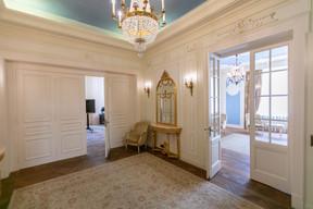 Couloir principal du rez-de-chaussée. ((Photo: Romain Gamba/Maison Moderne))