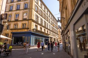 À Metz, comme dans toutes les villes de Moselle de plus de 10.000habitants, la consommation d'alcool sur la voie publique est désormais interdite. (Photo: Shutterstock)