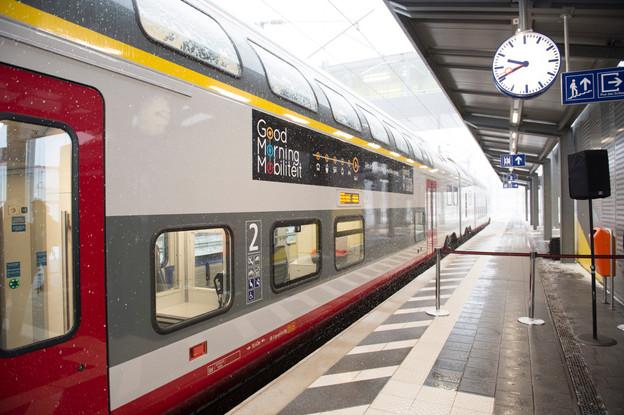 Un dépliant expliquant le calendrier des travaux sera distribué dans les principales gares du pays à partir de lundi. (Photo: Anthony Dehez/Archives Paperjam)