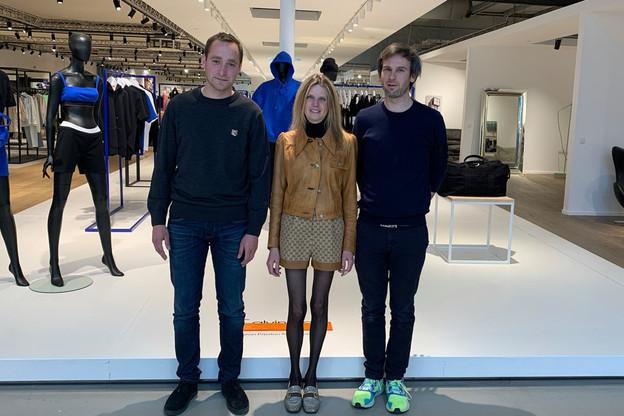 LaurentBeaudoint, Pascaline et BertrandSmets reprennent la gestion de l'entreprise luxembourgeoise, qui ambitionne d'ouvrir à Anvers en 2023, après une première incursion à Bruxelles en 2011. (Photo: Maison Moderne)