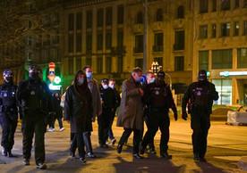 Le ministre a pu se rendre compte de la réalité du terrain vécue par les policiers. ((Photo: DG-DCOM))