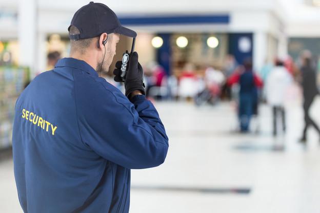 Les entreprises de sécurité continuent de veiller sur les bâtiments malgré les fermetures dues au coronavirus. (Photo: Shutterstock)