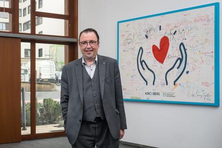 Le Dr Claude Schummer, directeur général des Hôpitaux Robert Schuman, voit en la gestion du personnel le «défi majeur» de cette seconde  vague de contaminations au Covid-19 au Luxembourg.  (Photo: Nader Ghavami / Maison Moderne)