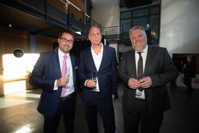 Alexis Vens (Infradata), Dirk Aertgeerts (Netscout) et Wim De Niel (Arbor). ((Photo: Nader Ghavami))