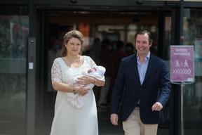 Sortie de maternité de S.A.R. le Prince Charles – 13.05.2020 ((Photo: Matic Zorman / Maison Moderne))