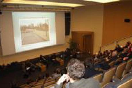 """La 3e table-ronde du cycle de conférences-débats se déroulera jeudi 17 mars 2011 à 19h00, à l'auditorium du Cercle Cité et aura pour thème """"Du trafic urbain vers une nouvelle culture de la mobilité urbaine"""". (Photo: Ville de Luxembourg)"""