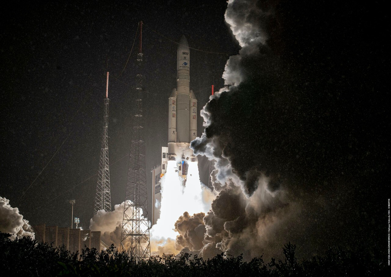 Arianespace successfully completed its 111th mission, sending the 6.4-tonne SES-17 satellite, and the 3.7-tonne Syracuse 4 French military satellite, into space. (Photo: Arianespace)