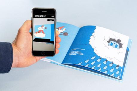 «D'Sandmeedchen» est à la fois un livre traditionnel et en réalité augmentée. (Photo: Rotondes)