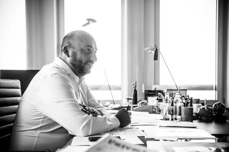 ÉtienneSchneidera souhaité être «cohérent» par rapport à ce qu'il avait annoncé en 2012: ne pas faire 10années dans le gouvernement. (Photo: Anthony Dehez)