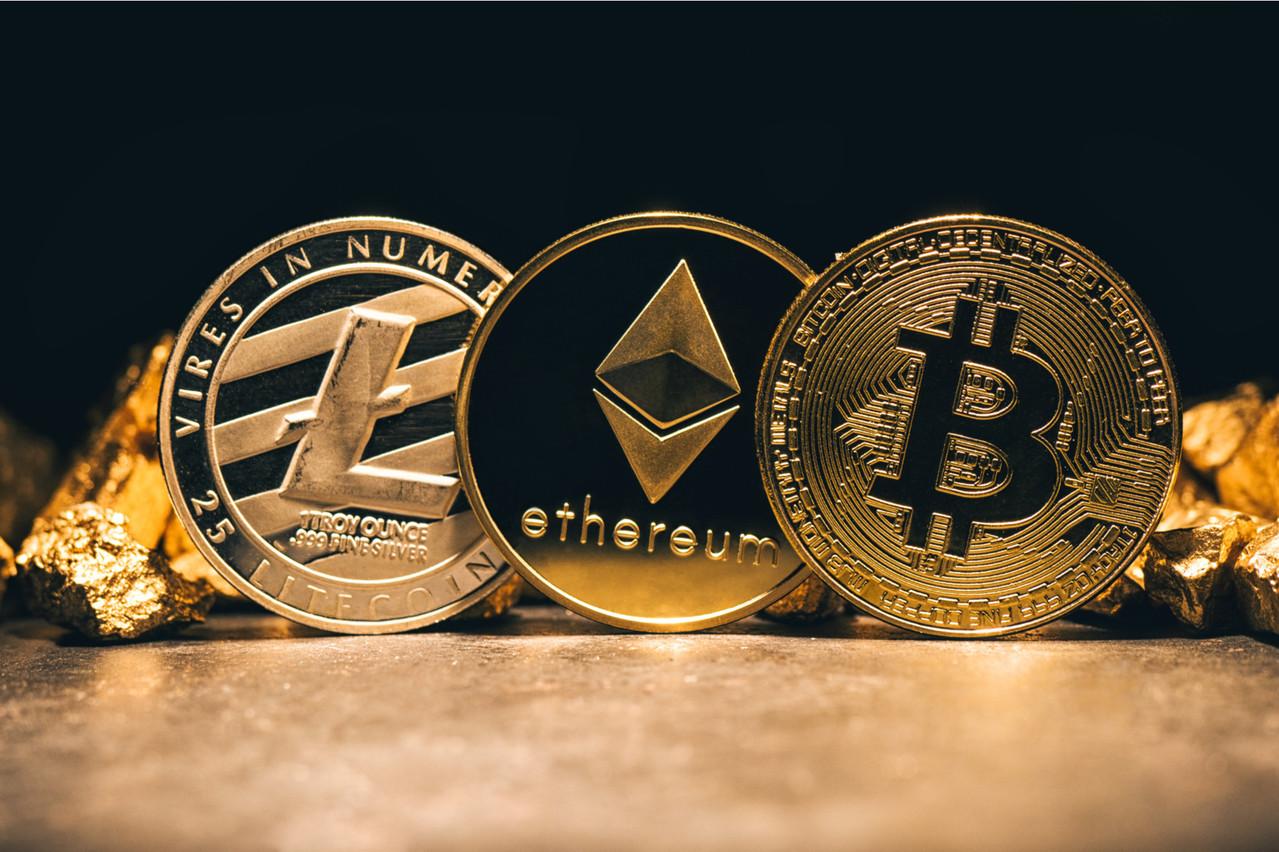 Douze cryptomonnaies pourront être achetées et vendues via la néobanque luxembourgo-suisse Swissquote Bank Europe. (Photo: Shutterstock)