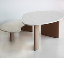 Les tables sont réglables en hauteur. ((Photo: Bulo))