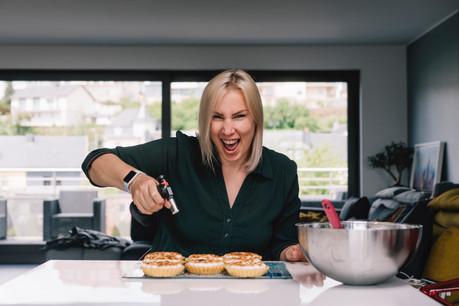 Lorsqu'elle ne s'occupe pas de gros chiffres en tant qu'investment manager, Élodie Donjon se transforme en pâtissière de choc. (Photo: Rick Tonizzo)