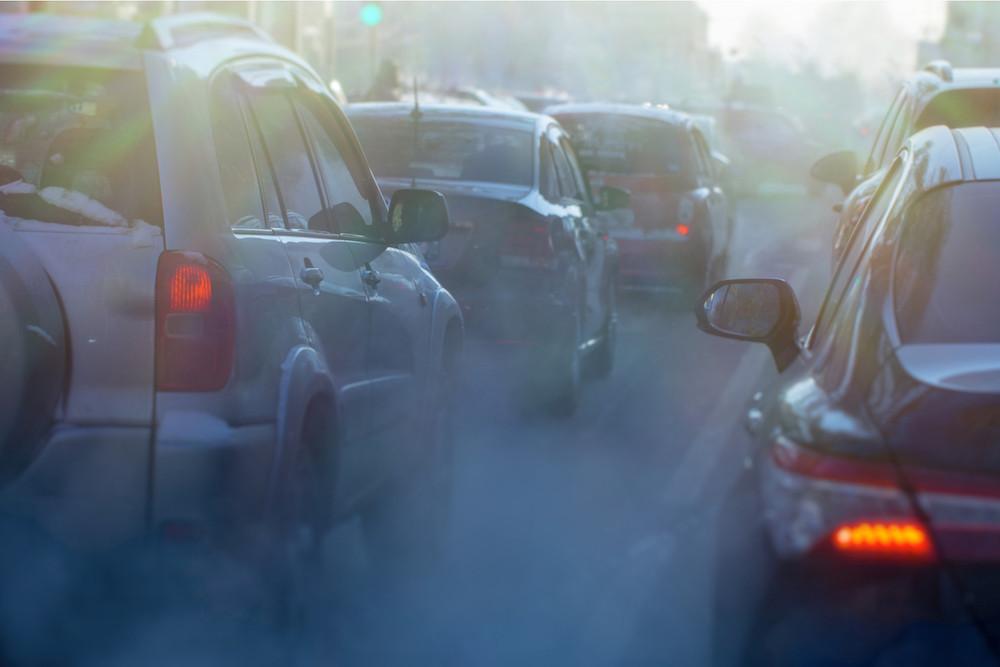 Le trafic routier est une des sources les plus importantes conduisant à la formation excessive d'ozone. (Photo: Shutterstock)