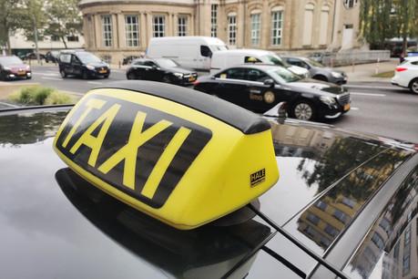 Colux Taxis règle en moyenne une facture qui se situe entre 10.000 et 15.000 euros de carburant chaque mois. (Photo: ChristopheLemaire/Maison Moderne)