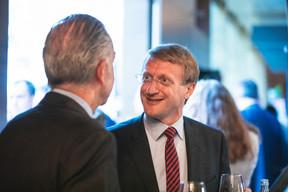 Belgian ambassador Thomas Lambert talking with Bob Kneip. Simon Verjus/Maison Moderne
