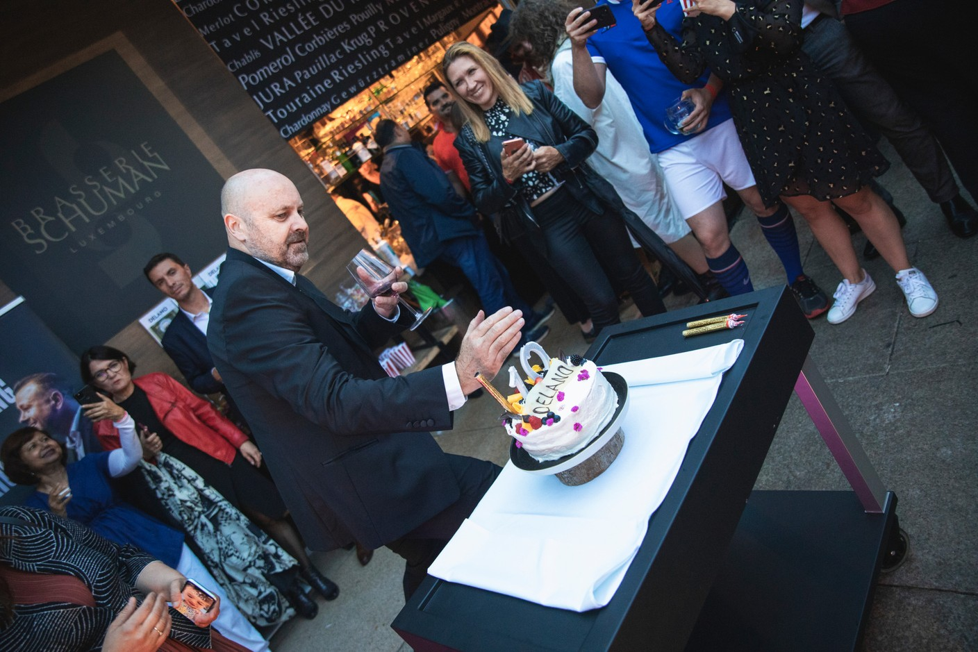 Almost time to cut the cake. Simon Verjus/Maison Moderne