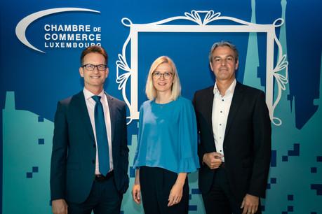 Cindy Tereba, à la gauche du directeur de la Chambre de commerce, remplacera Jeannot Erpelding à la tête des Affaires internationales. (Photo: Chambre de commerce)