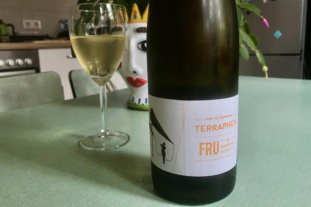 La douceur équilibrée du Terraphon en fait un vin parfait pour un apéritif 100% local! (Photo: Maison Moderne)