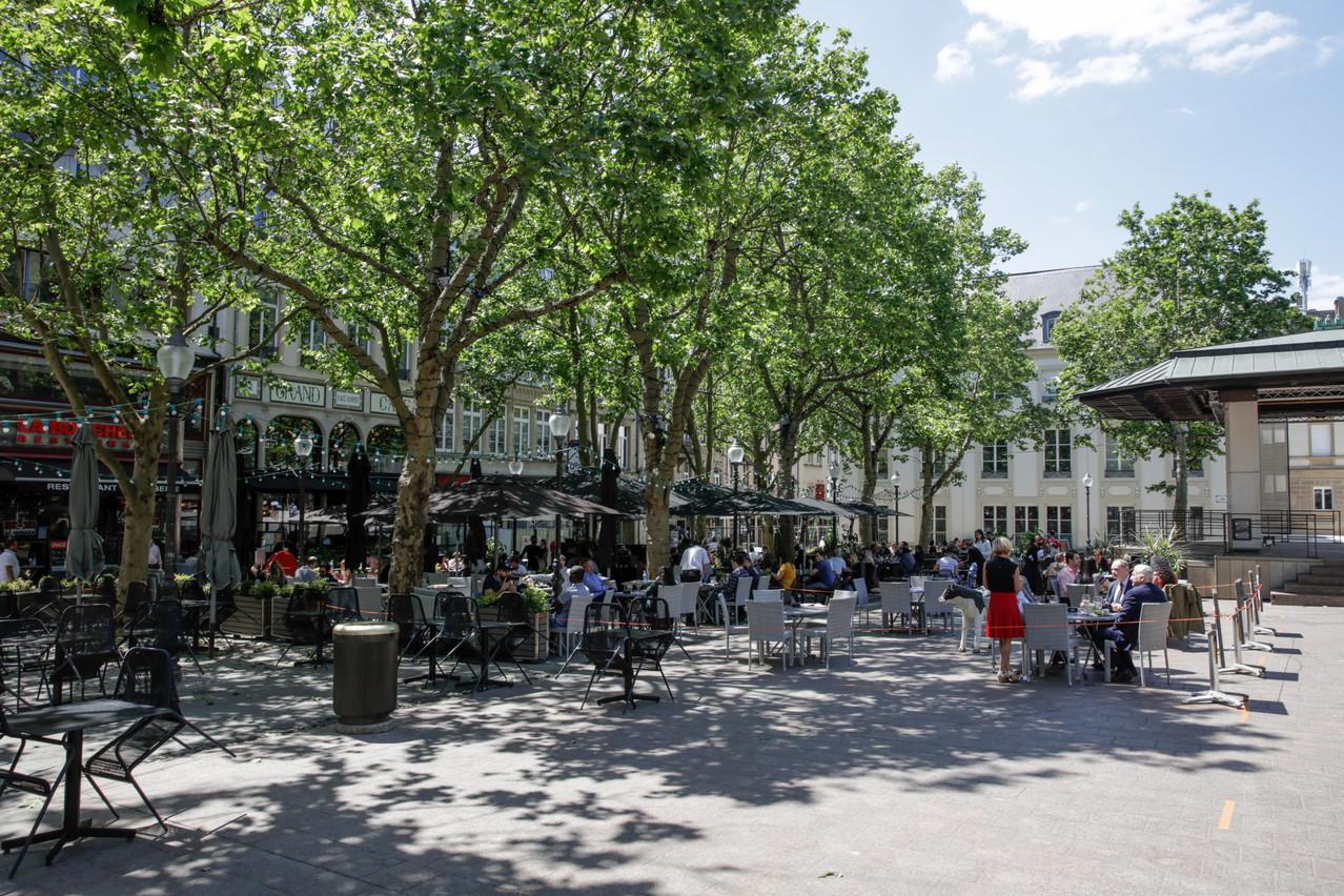 Les restaurateurs et cafetiers peuvent contacter la Ville pour demander l'agrandissement de leurs terrasses au moment de la réouverture. (Photo: Romain Gamba/Maison Moderne)
