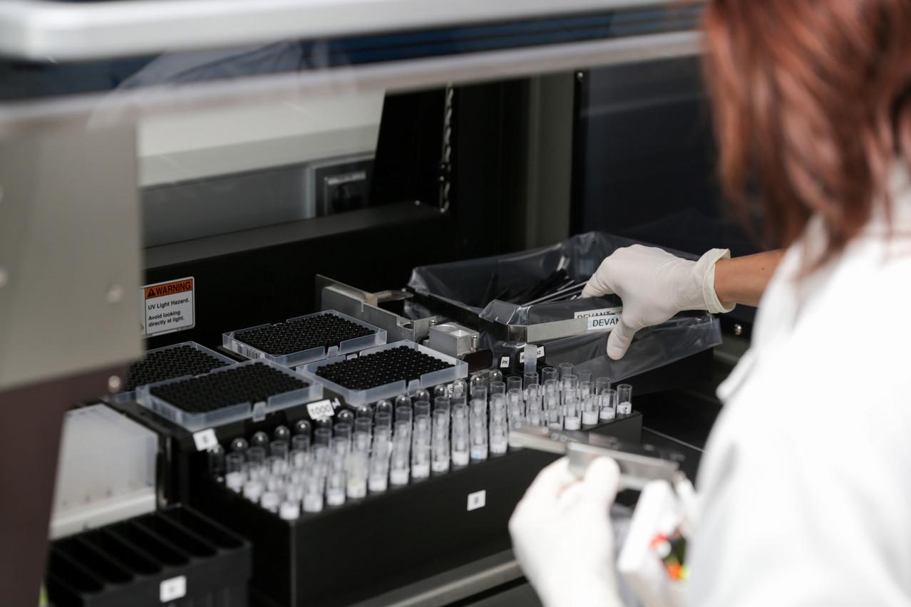 Les laboratoires Ketterthill promettent un résultat entre 48 et 72heures à ses patients, et en moins de 24heures pour les urgences. (Photo: Romain Gamba/Maison Moderne)