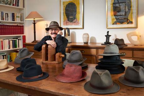 Robert Brandy avoue une préférence pour les marques Borsalino et Stetson. (Photo: Andrés Lejona/Maison Moderne)