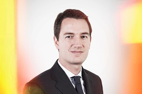 P eter Myners, Partner and Co-Head of Global Alternative Investment Initiative at Allen & Overy .   (Photo: Maison Moderne)