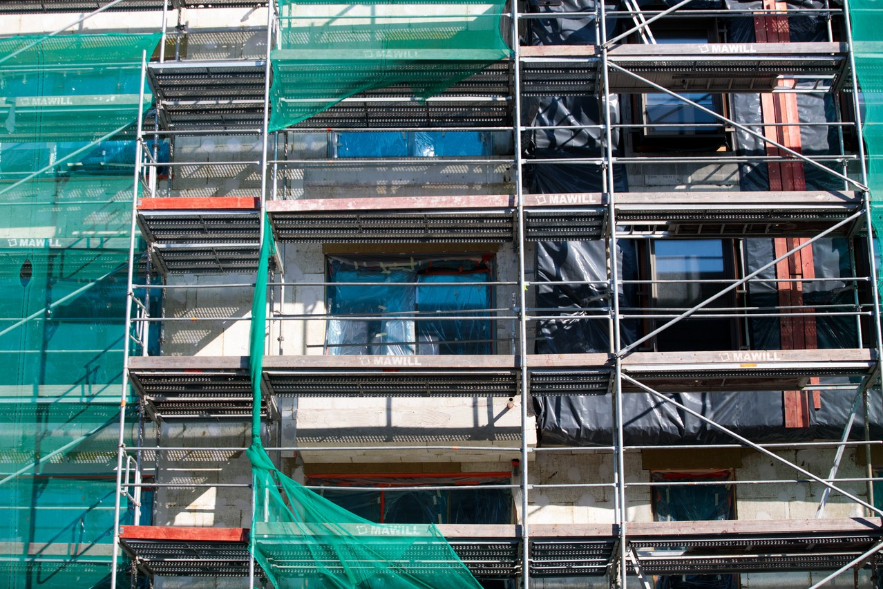 Buildings that are not designed to incorporate the new environmental rules will see their attractiveness for sale or rent fall sharply. (Photo: Maison Moderne/Matic Zorman)