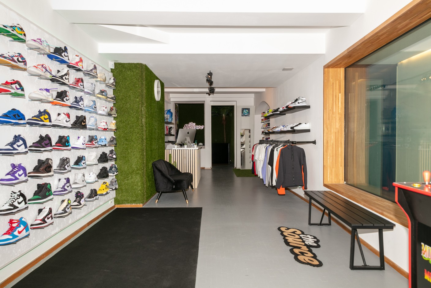 From limited sneakers to exclusive clothing, The Source sells the most sought-after products for young people. (Photo: Romain Gamba/Maison Moderne)