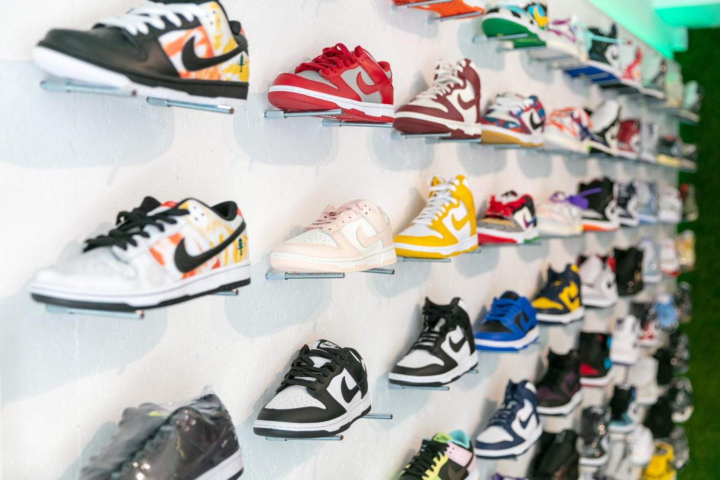 Nike is the most requested brand and therefore the most present at The Source. (Photo: Romain Gamba / Maison Moderne)