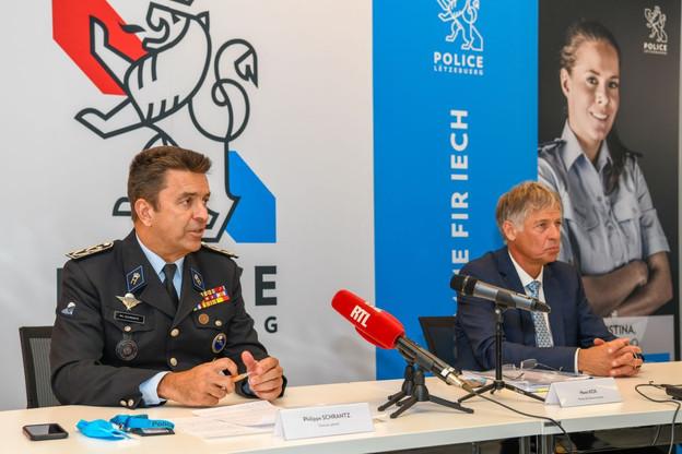 Le directeur général de la police, Philippe Schrantz, et le ministre de la Sécurité intérieure, Henri Kox, ont présenté un des plus ambitieux plans de recrutement dans la police. (Photo: Police grand-ducale)
