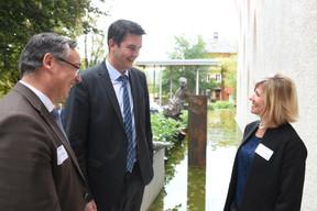 Patrick Schnell (Total Luxembourg), Lex Delles (Ministre des Classes moyennes et du Tourisme) et Sofie Maene (Total Luxembourg) ((Photo: Total Luxembourg))