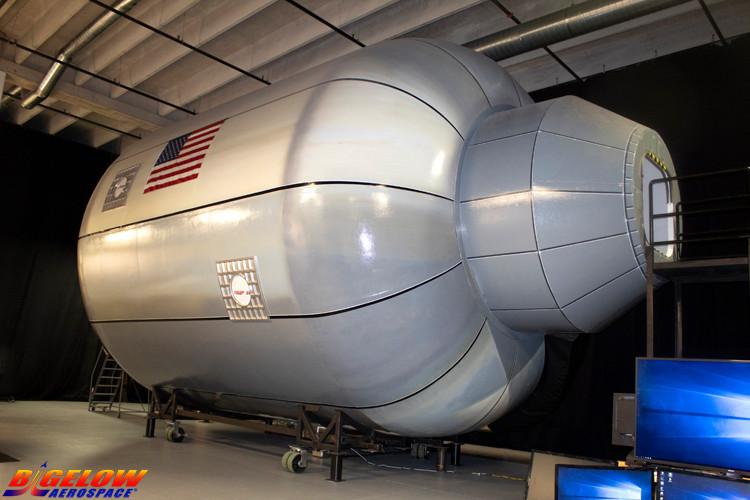 Le BB330 de RobertBigelow, qui peut accueillir cinq personnes à résidence et quatre touristes. Une technologie déjà utilisée par la Nasa, à bord de l'ISS. (Photo: Bigelow Aerospace)