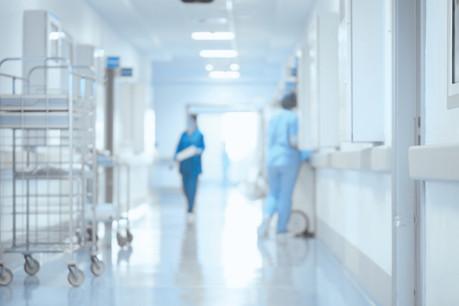 Les visites sont suspendues au CHdN, au Chem, aux Hôpitaux RobertSchuman et au CHL, sauf pour certaines exceptions. (Photo: Shutterstock)