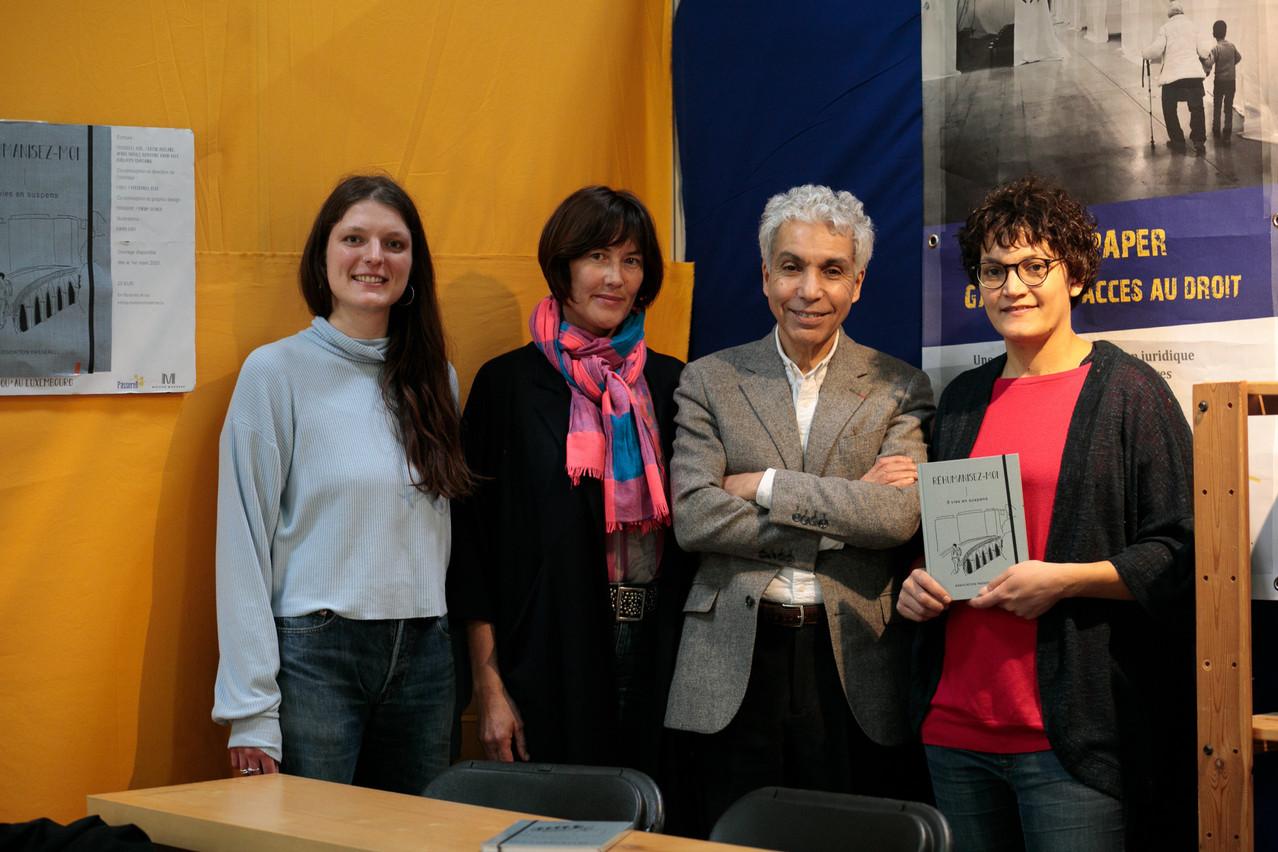 Smaïn Laacher s'est prêté au jeu de la présentation de l'ouvrage de Passerell, entouré par Ambre Schulz, Frédérique Buck et Cassie Adélaïde. Matic Zorman/Maison Moderne