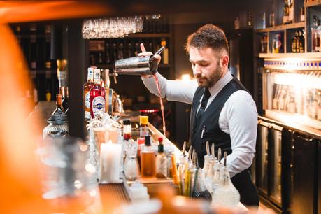Andrea, Bar Manager chez Come à la Cave. (Photo: Simon Verjus)